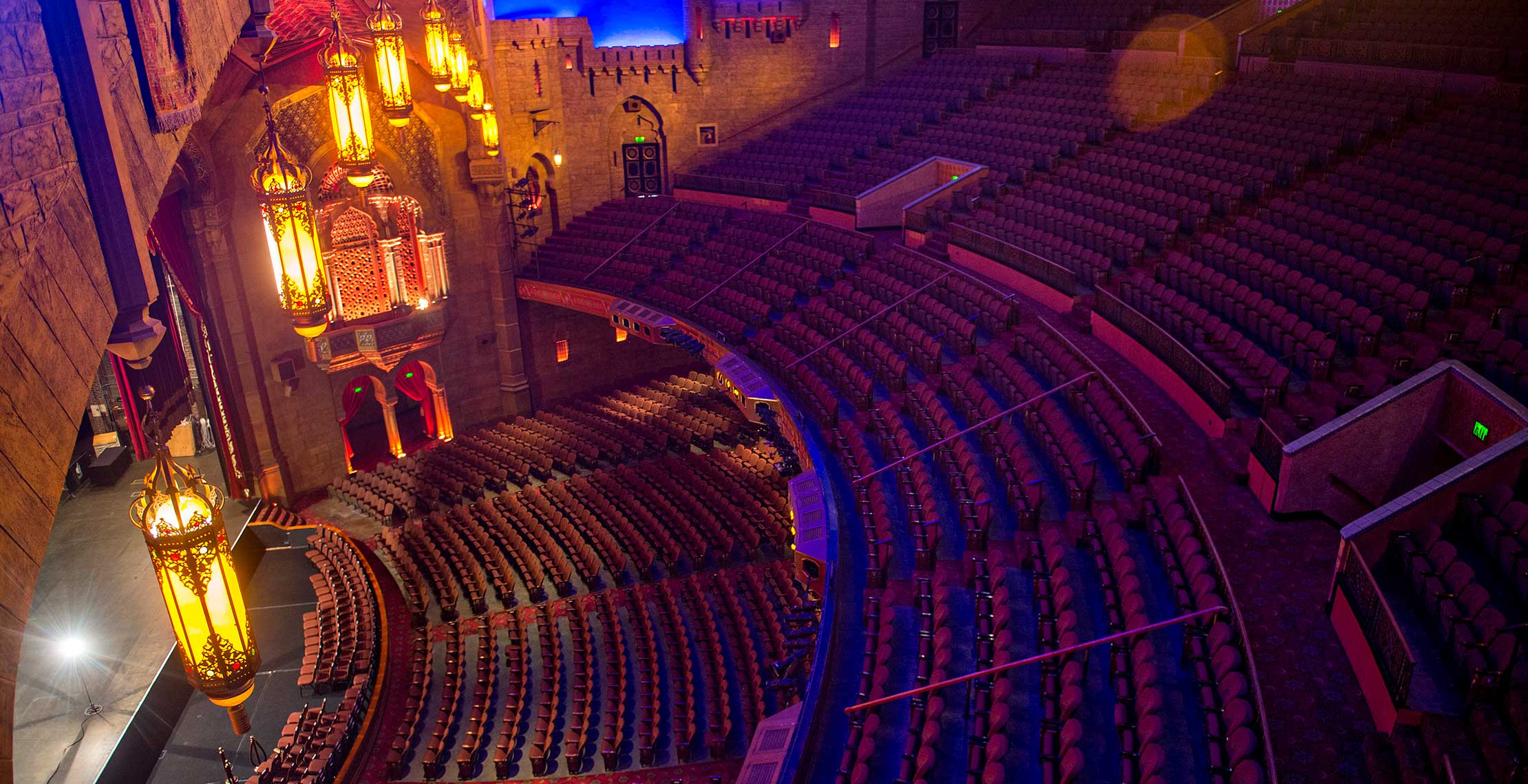 Celebrity Theatre - A theater in-the-round located in ...